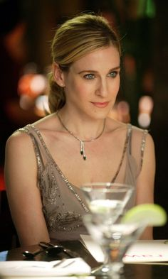 Sex and the City: Carrie Bradshaw Sporting A Super-Sleek Ponytail And Wearing A Sequin Dress