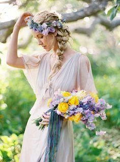 18 inspirações de penteado messy para noivas | http://www.blogdocasamento.com.br/18-inspiracoes-de-penteado-messy-para-noivas/