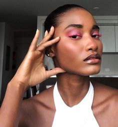 Beauty Skin, Beauty Makeup, Eye Makeup, Hair Makeup, Hair Beauty, Natural Glowy Makeup, Brown Skin Makeup, Makeup Trends, Makeup Inspo