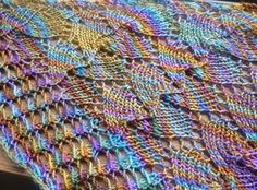 Leaves_of_waves - Free from Ravelry