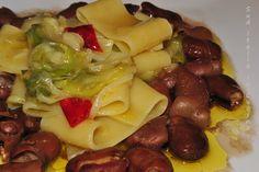 Calamarata con Fave Secche e Sponsali - http://blog.giallozafferano.it/suditaliaincucina/pasta-fave-secche-sponsali/