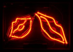 Google Image Result for http://www.neoncircus.com/images/hire_catalogue/full/lips_neon_sign_110-A06-A.jpg