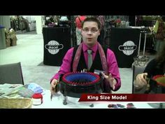 Knitting With The Addi Express Knitting Machine – Loom Knitting Videos Addi Knitting Machine, Circular Knitting Machine, Knitting Machine Patterns, Loom Patterns, Loom Knitting Projects, Knitting Videos, Crochet World, Knit Crochet, Addi Express