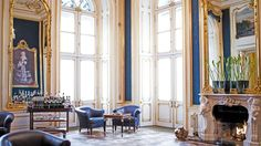 Home Interior Design — State room at the Palais Coburg in Vienna. Vienna Palace, Vienna Hotel, Hotels And Resorts, Best Hotels, Teintes Pastel, State Room, Most Luxurious Hotels, Luxury Hotels, Royal Residence