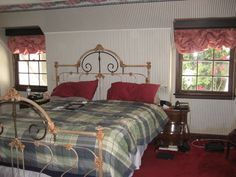 Great King Conversion Great King, Beds, Iron, Furniture, Home Decor, Antique Beds, Decoration Home, Room Decor, Home Furnishings