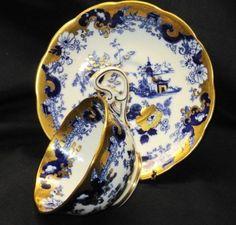 Royal Albert Doris Oriental Flow Blue Gold Tea cup and saucer Teacup