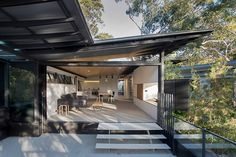 Fragments of architecture — Donaldson House / Glenn Murcutt Photos © Anthony...