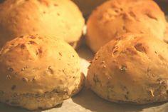 tökmagos cipók Seeds, Muffin, Pumpkin, Bread, Buns, Breakfast, Recipes, Drink, Food