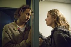 Frank Dillane as Nick and Kim Dickens as Madison – Fear The Walking Dead _ Season 1, Episode 6 – Photo Credit: Justina Mintz/AMC