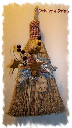 Privies & Prims andHomePlace Gatherings: Making primitive Christmas crafts