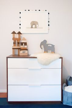 Elephant Decor in a Kids Room - love this mod, minimalist look!