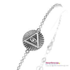 Piramit Gümüş Bileklik - Nazar Boncuğu mağazasından tüm bakışları üzerinde toplayacak bir Mısır piramit bileklik. 925 ayar gümüş üzerine okside edilmiş detayları ile çarpıcı bir görünüm.