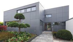 Modern house in Knittlingen, germany. arch: Hagen Jarzambek. EQUITONE facade materials. equitone.com