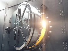 EU proposes tweaks to global bank capital rules