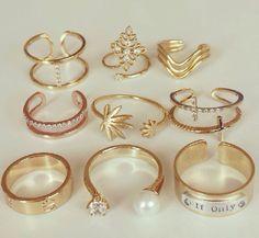 Rings!!!! Stylish Jewelry, Cute Jewelry, Jewelry Rings, Jewelery, Jewelry Accessories, Fashion Rings, Fashion Jewelry, Mid Rings, Unique Diamond Rings