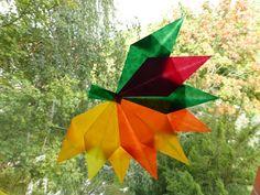Heute möchte ich euch bunte Herbstblätter zeigen, die mit dem Ahornbaum vor unserem Küchenfenster um die Wette leuchten und auch meine ange...