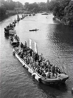 Stralauer Fischzug Berlin DDR 1958 Opera House, History, Travel, Berlin Today, Past, Nostalgia, City, Historia, Viajes