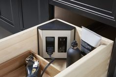 In-drawer electrical outlets     Plug electric shavers and hair styling accessories directly into your vanity with in-drawer electrical outlets.