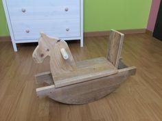 Cheval à bascule en bois de palette : Jeux, jouets par kubick