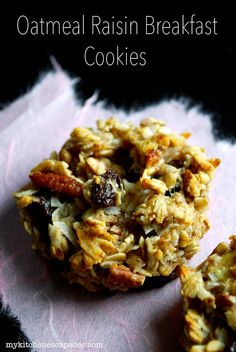 Oatmeal Raisin Breakfast Cookies // No sugar, no flour, no eggs. However, they are crispy on the outside, soft and chewy on the inside.  The raisins and coconut add a bit of sweet, the pecans that salty crunch and the banana rounds out the flavor for a perfect breakfast!  If you want the sweetness without the banana flavor, use unsweetened applesauce instead.