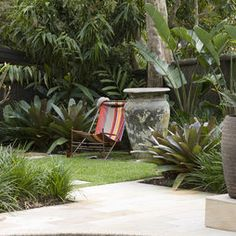 Charmant Modern Spaces Hawaiian Tropical Design, Pictures, Remodel, Decor And Ideas  Tropical Garden Design