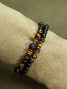 Bracelet for Men Mens Beaded Bracelet Tiger por StoneWearDesigns