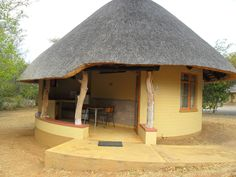 Classic Kruger Park safari accommodation at Skukuza, 5 or 6 day safaris available Kruger National Park Safari, Backyard Covered Patios, Mud Hut, African House, Visit South Africa, Speaker Plans, Thatched House, Hiking Photography, Holiday Places