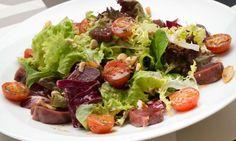 Ensalada de mollejas de pato y tomates asados