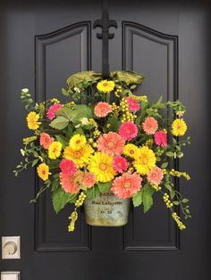 Spring Door Decor, Spring Wreath for Front Door, Gerber Daisy Wreath, Yellow Daisy Wreath, Wreaths for Spring, Spring Door Wreaths, Wreaths by twoinspireyou on Etsy https://www.etsy.com/listing/268526374/spring-door-decor-spring-wreath-for
