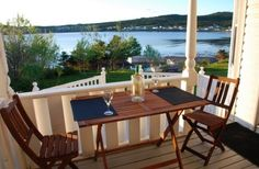 Beautiful cottage rental Gros Morne, Newfoundland And Labrador, Outdoor Furniture Sets, Outdoor Decor, Vacation Rental Sites, Pond, Places To Go, National Parks, Deck