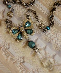 Kristalline Butterfly-Antique Vintage Schmetterling von Opaline1214