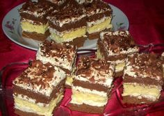Érdekel a receptje? Kattints a képre! Hungarian Desserts, Hungarian Recipes, Hungarian Food, Romanian Food, Sweet Cookies, Something Sweet, Homemade Cakes, Dessert Recipes, Food And Drink