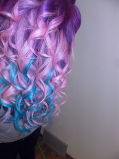 I wonder if I even have this much hair to dye! Love the blue's hue under the light pastel pink!