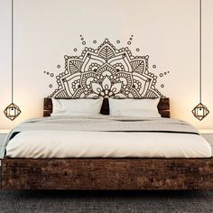 Mandala Art Vinyl Wall Stickers - Home Decorating Ideas Teen Headboard, Headboard Decal, Wall Decals For Bedroom, Bedroom Headboards, Wall Stickers Yoga, Wall Stickers Mandala, Romantic Bedroom Decor, Trendy Bedroom, Home Decor Bedroom