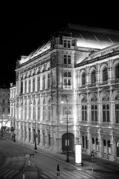 Wiener Staatsoper Beautiful Sites, Blog Voyage, Park, Europe, Wander Woman, City, Building, Travel, Inspiration