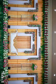 Reception Stage Decor, Wedding Stage Design, Wedding Reception Backdrop, Wedding Backdrops, Simple Stage Decorations, Engagement Stage Decoration, Backdrop Decorations, Desi Wedding Decor, Wedding Hall Decorations