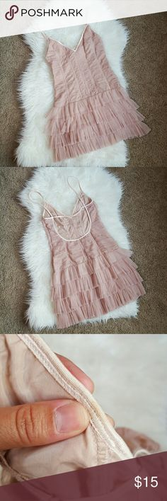 H & M tulle dress H&M tulle dress. Size S-xs. Beautiful dress. Zipperes side. Beautiful sequin detail. One small stain on the inside can't see it outside. Please see pic. Otherwise excellent condition. H&M Dresses Mini