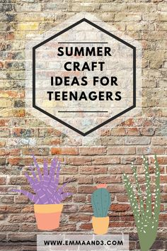 Looking to do some crafting with your teenagers then check out this round up of summer crafts for teenagers. It will keep them occupied all summer Making Clothes, Make Your Own Clothes, Drawing Apple, Popular Hobbies, Upcycling Projects, Parenting Teenagers, Geometric Wall, Summer Months, Summer Crafts