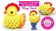 Tutorial Gallina/Huevera de Pascua a Ganchillo Crochet Egg Cozy, Easter Crochet, Crochet Hats, Terry's Chocolate Orange, Crochet Chicken, Crochet Placemats, Chicken Lady, Hobbies And Crafts, Easter Crafts