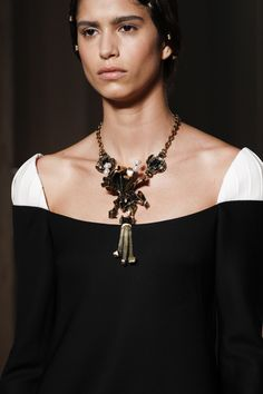 Love the proportion of the necklace. DIY jewelry with Threadhead TV. ~Valentino Fall 2016 Couture Fashion Show Details