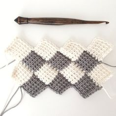 How to Use the Tunisian Entrelac Crochet Method   eHow Tunisian Crochet Blanket, Tunisian Crochet Patterns, Knitting Patterns, Crocheted Afghans, Lace Knitting, Knitting Tutorials, Crochet Granny, Crochet Blocks, Crochet Squares
