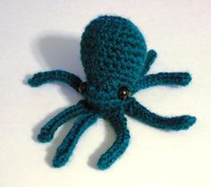 $3 'Crocheting : Miniature Octopus Amigurumi/Plush Toy