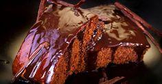Está com vontade de comer um bolo, mas não quer burlar a dieta ingerindo farinha de trigo? Uma receita sem o ingrediente e com apenas três itens promete acabar com o desejo de comer o doce sem culpa. Confira o passo a passo adaptado de um bolo de chocolate sem farinha, criado pela chefe Heaven Delhaye:Leia tamb