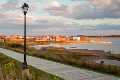 Small towns offer big adventures on Prince Edward Island Parc National, National Parks, Deep Sea Fishing, Prince Edward Island, Like A Local, Summer Months, Small Towns, Cn Tower, Kayaking