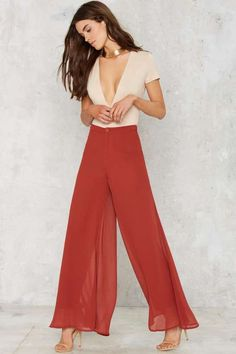 Flow What Wide Leg Pants - Rust - Clothes Gal Got, Trouser Outfits, Elegant Outfit, Tee Dress, Wide Leg Trousers, Look Fashion, Fashion Site, What To Wear, Pants For Women