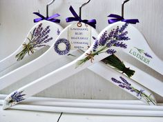 What a Beautiful Gift This Would Be~ Hand Painted Hangers~ Kimberly Stanley Más Decoupage Furniture, Hand Painted Furniture, Crafts To Make And Sell, Diy And Crafts, Craft Projects, Projects To Try, Decoupage Vintage, Wooden Hangers, Types Of Craft