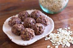 the best kind of cookies... Nutella No Bake Cookies!  #cookies #recipe #nutella •www.thevintagemixer.com