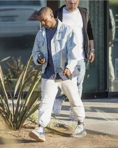 """Kanye West was spotted wearing a new YEEZY sneaker while leaving his Calabasas office. Kanye West Show, Kanye West Songs, Kanye West Style, Yeezy Fashion, Mens Fashion, Kanye West Outfits, Kanye West Fashion, Kanye Yeezy, Yeezy Sneakers"