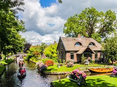 Giethoorn, Netherlands - Shutterstock/Littleao