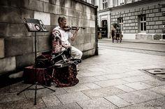 Cracovia - Violinista da strada nella città vecchia by ugo